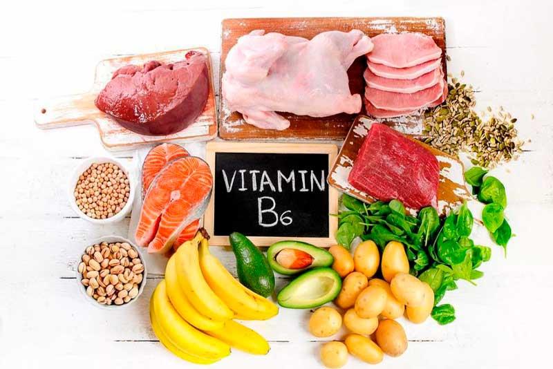 Богаты витамином В6: горох, рыба, рис, яичный желток.